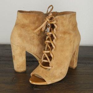 Sam Edelman Yvie Lace Up Bootie Heel size 7.5